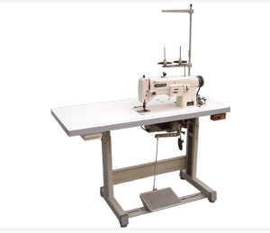 Round eyelet machine